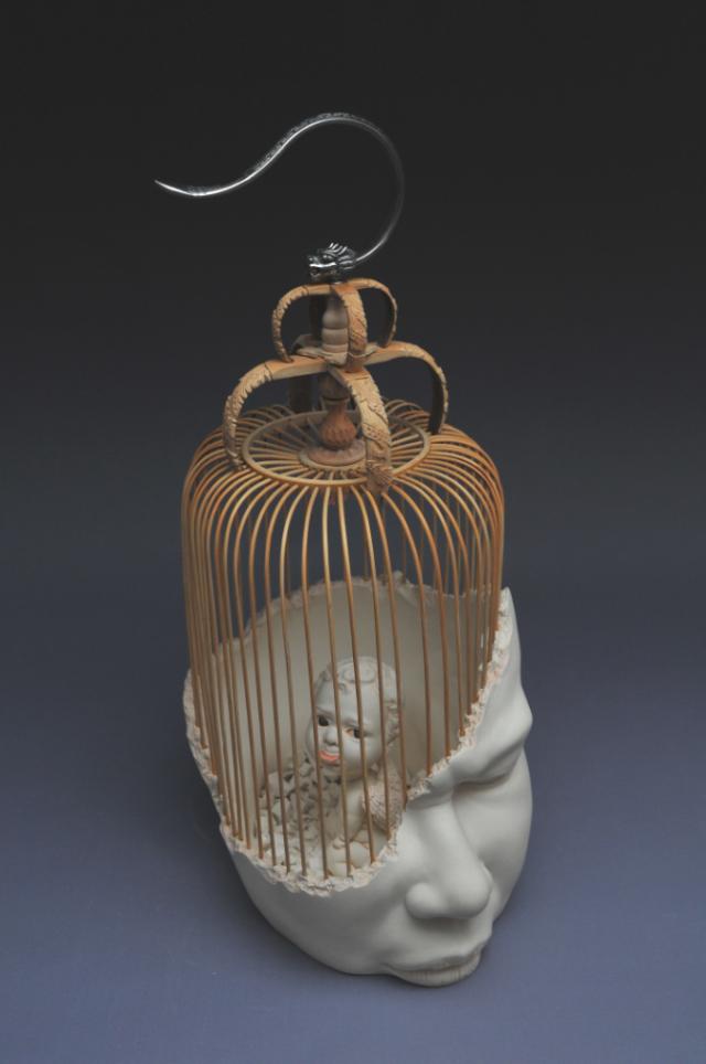 Johnson-Tsang-at-International-Ceramic-Biennale-2015-artists-i-lobo-you3.jpg