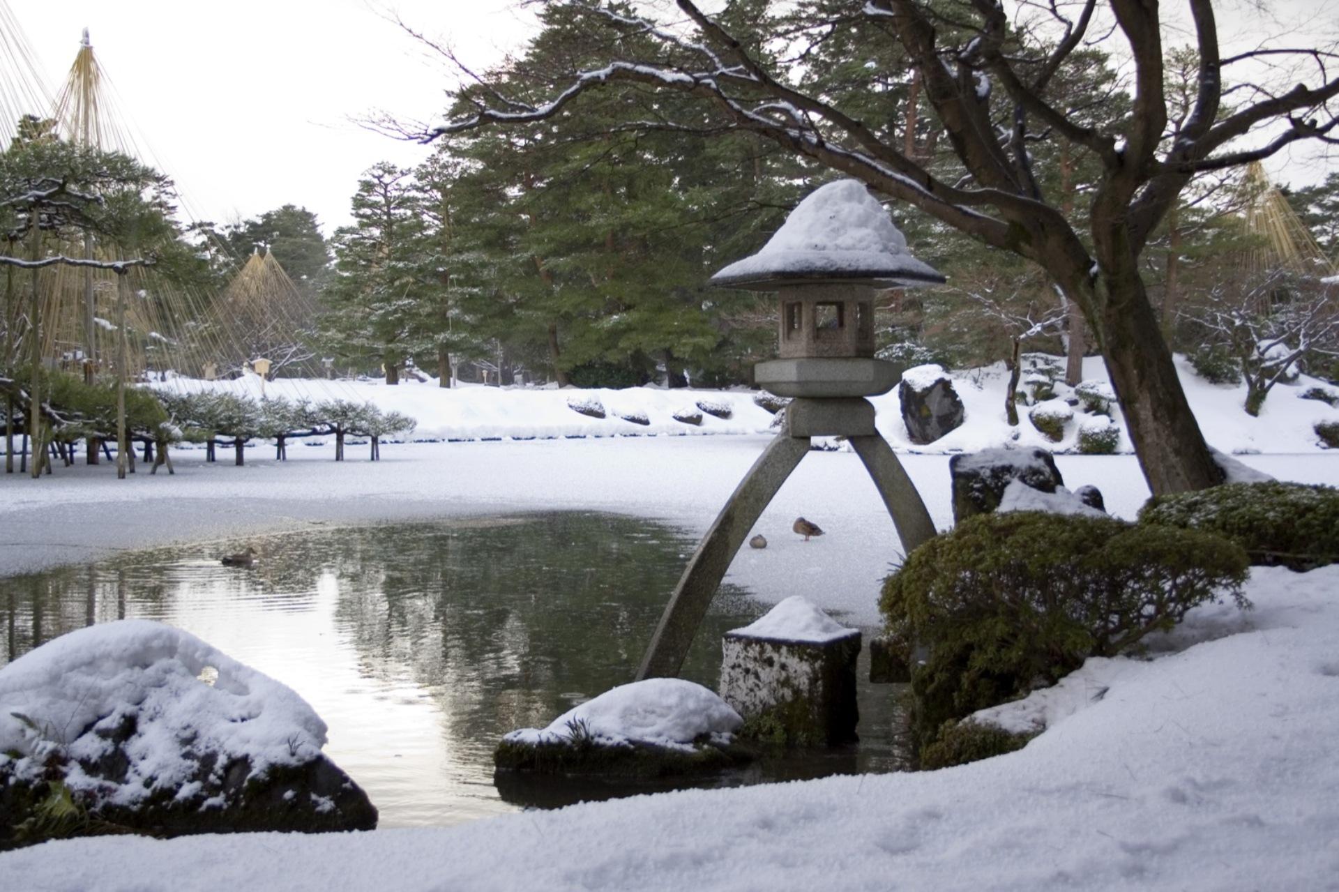 Kenroku-en (8).jpg