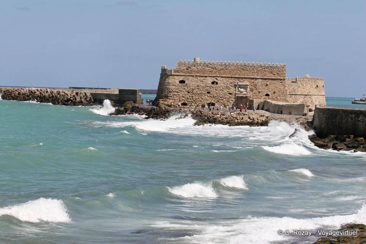 Koules Fortress (Rocca al Mare) iraklion_3172.jpg