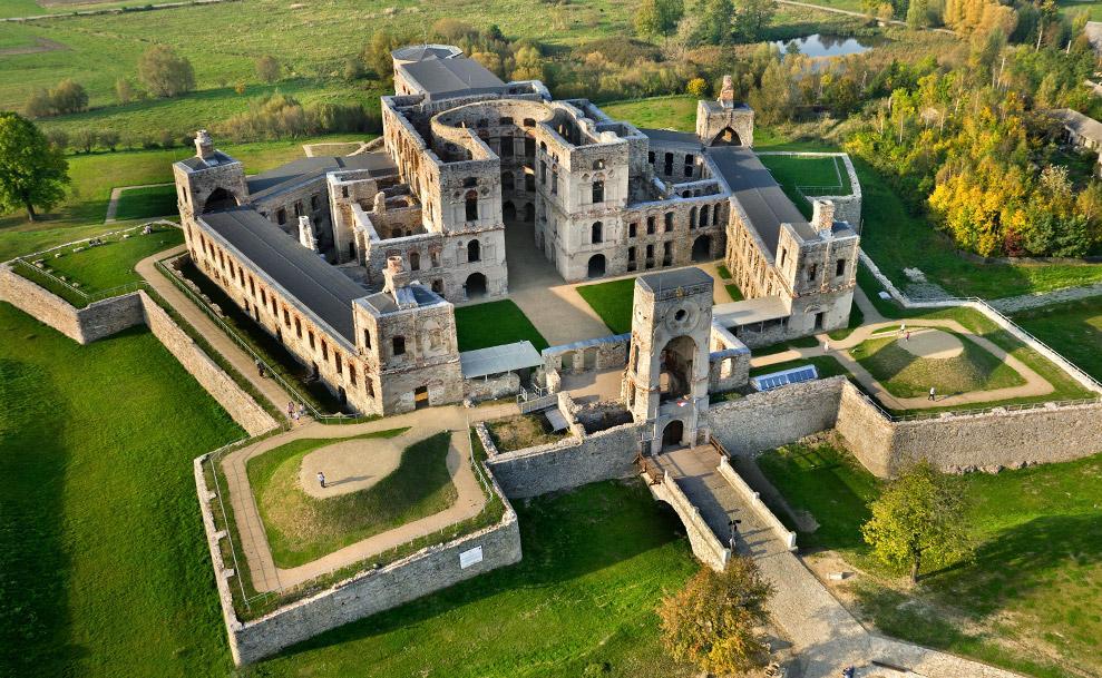 Krzyżtopór Castle (1 C, 331 F) thb_ghib_4298_furmanek_renewal_krzyztopor_a.jpg