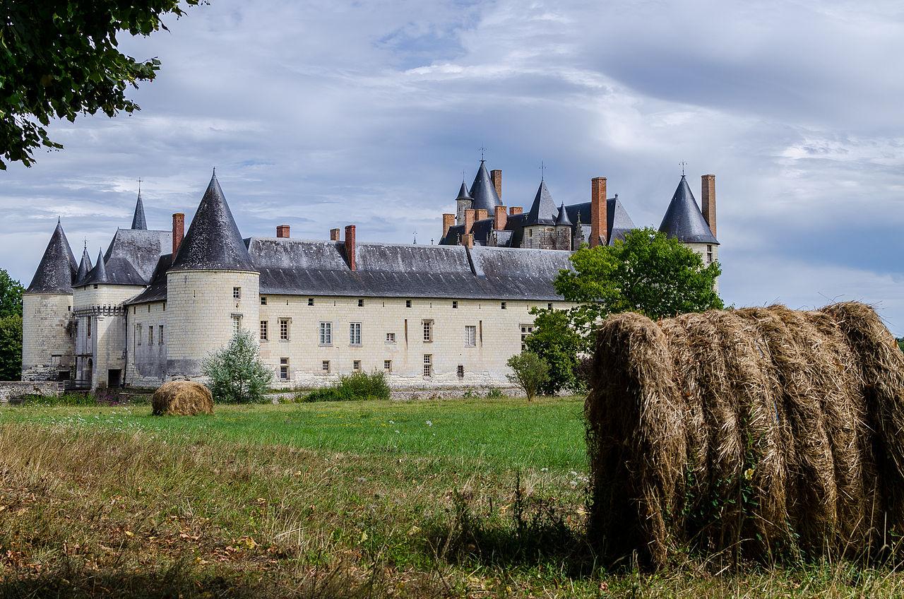 Le_Château_du_Plessis-Bourré.jpg