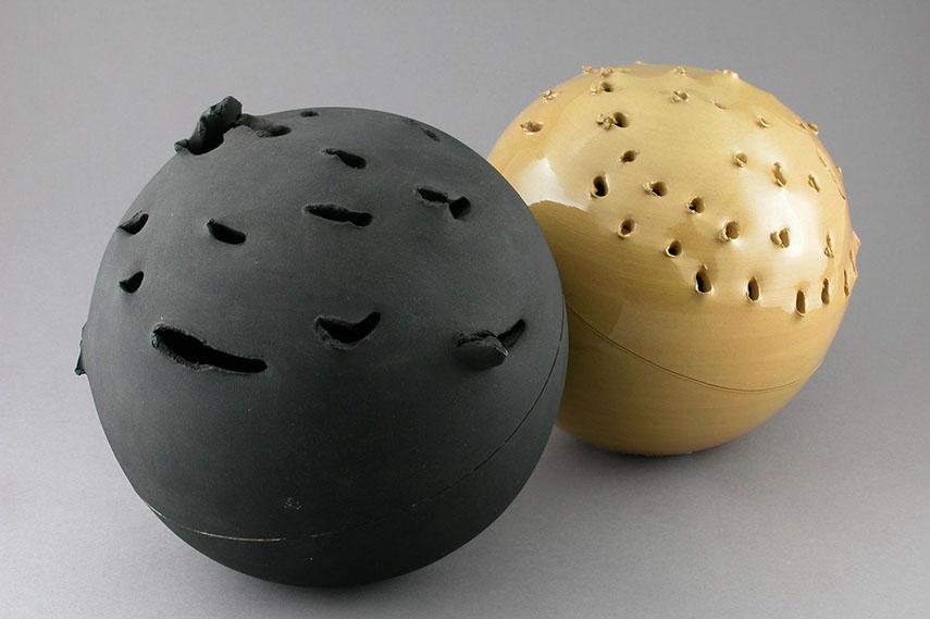 Lucio-Fontana-Sphere-1957.jpg