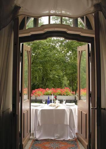 luxury-art-nouveau-hotel-villa-ammende-general-597255.jpg
