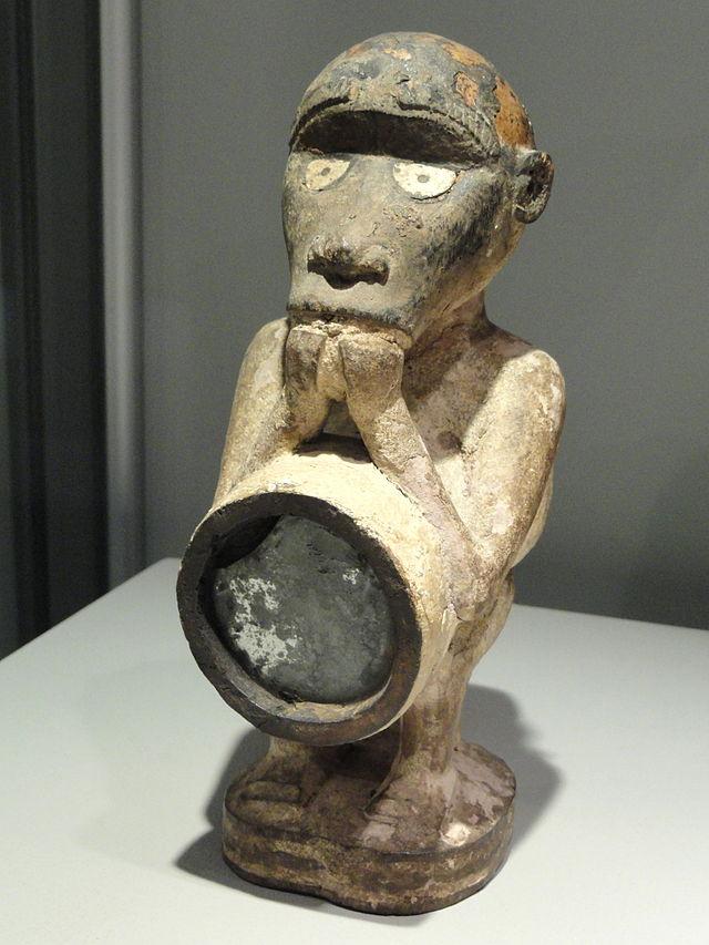 Magical_figure,_Congo_-_Staatliches_Museum_für_Völkerkunde_München_-_DSC08438.JPG