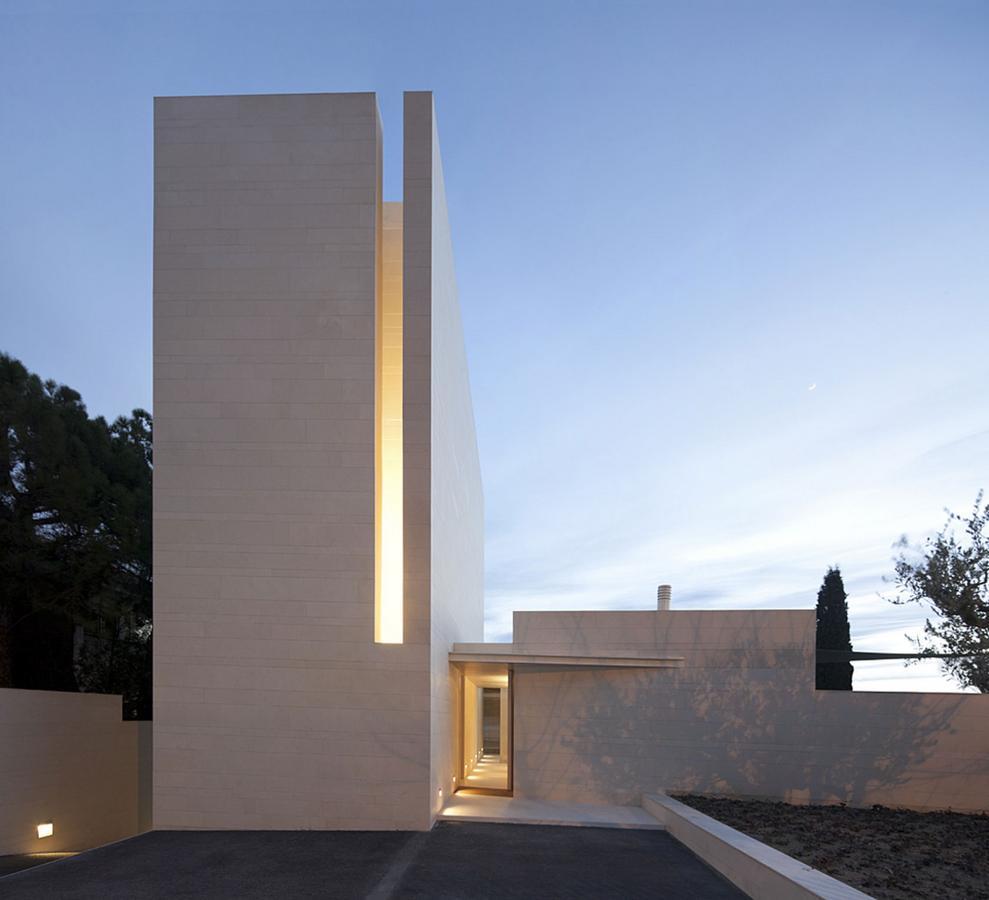 Magnificent-residence-Igualada-N1-01.jpg