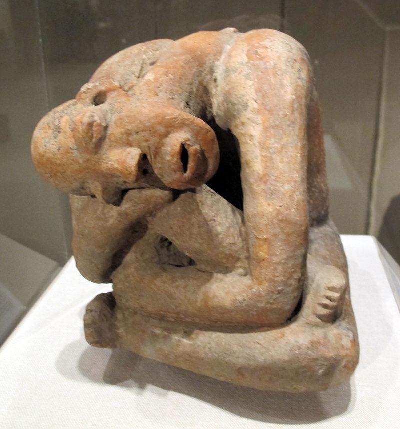 Mali,_figura_seduta,_terracotta,_XIII_sec._02.JPG