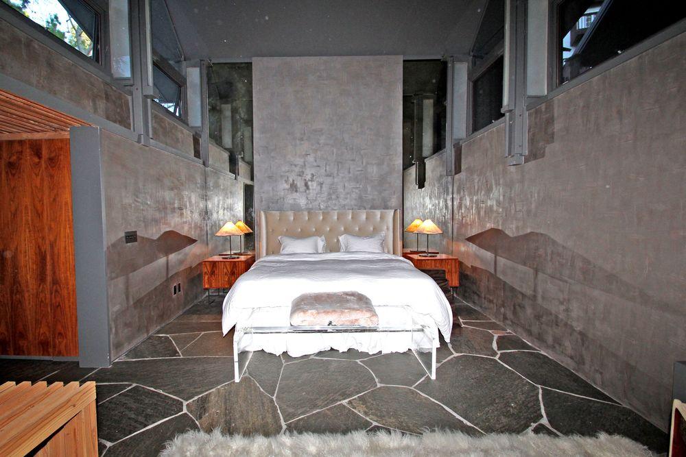 Master Bedroom-19.jpg