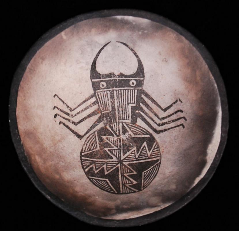 Mimbres-Beetle-Bowl25.jpg