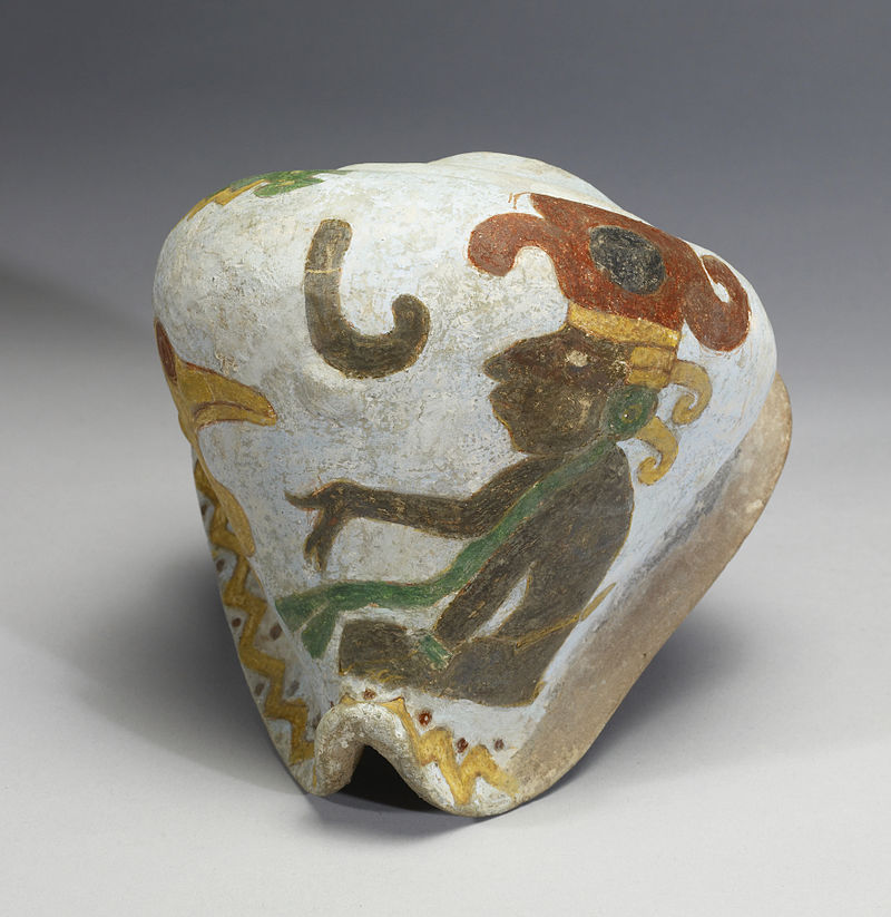 Mixtec_-_Polychrome_Effigy_Shell_-_Walters_482815_-_Side_A.jpg