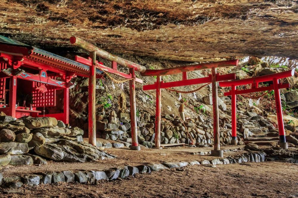 miyazaki-an-adventure-to-udo-s-cave-shrine-107466.jpg