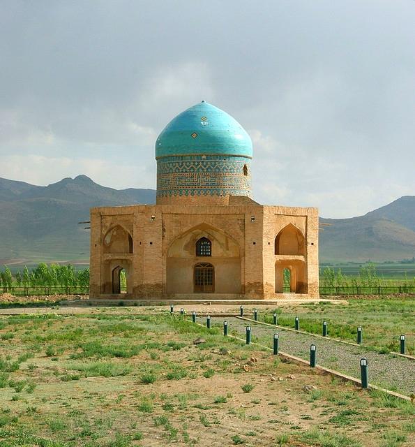 Molla_Hassan_Kashi_Mausoleum.jpg
