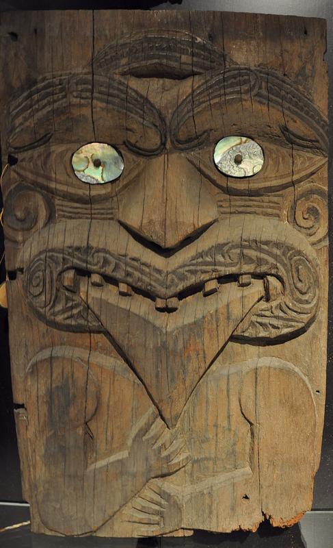 Museum_Rietberg_Schaudepot_Maori_Architekturfragment.jpg
