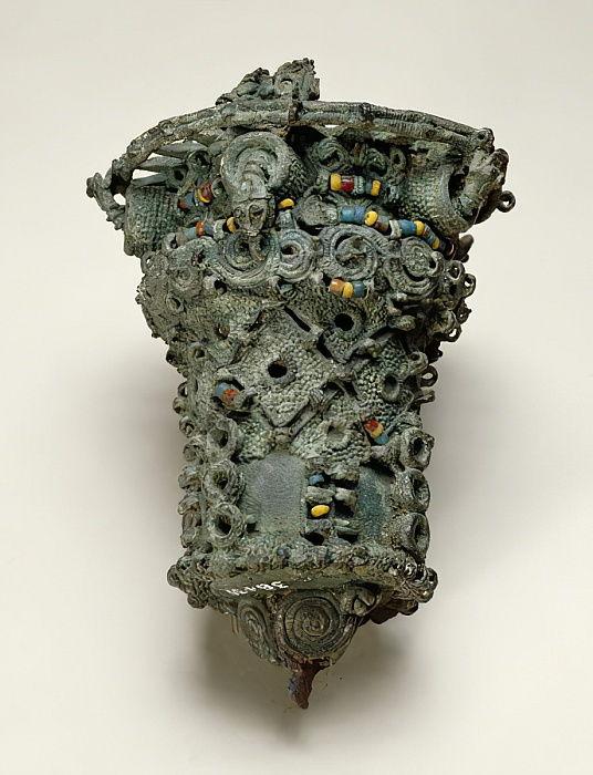 Nigerian - Staff head Igbo-Ukwu 9th - 10th century (leaded bronze) - (MeisterDrucke-269754).jpg