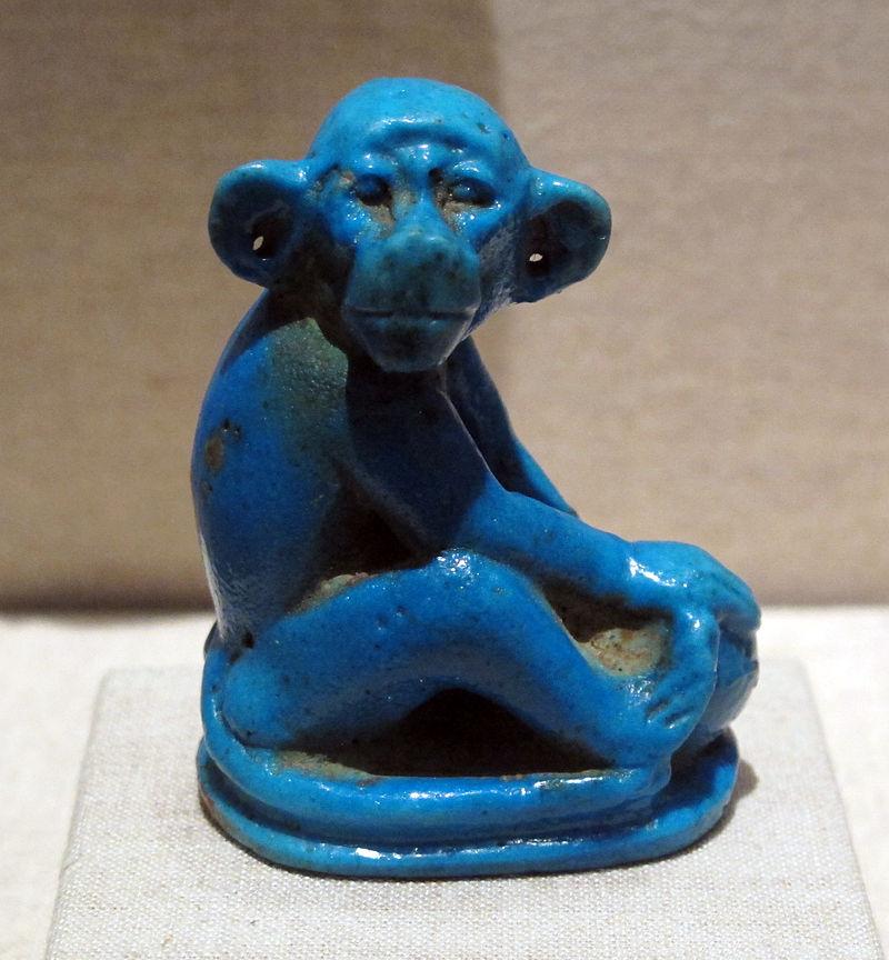 Nuovo_regno,_fine_della_XVIII_dinastia,_scimmia_in_faience,_1352-1336_ac_ca,_da_el_amarna_01.JPG