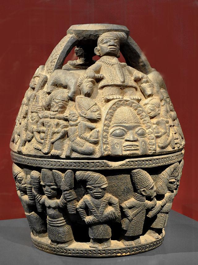 Orakelschale_opon_ifa_Yoruba_Museum_Rietberg.jpg