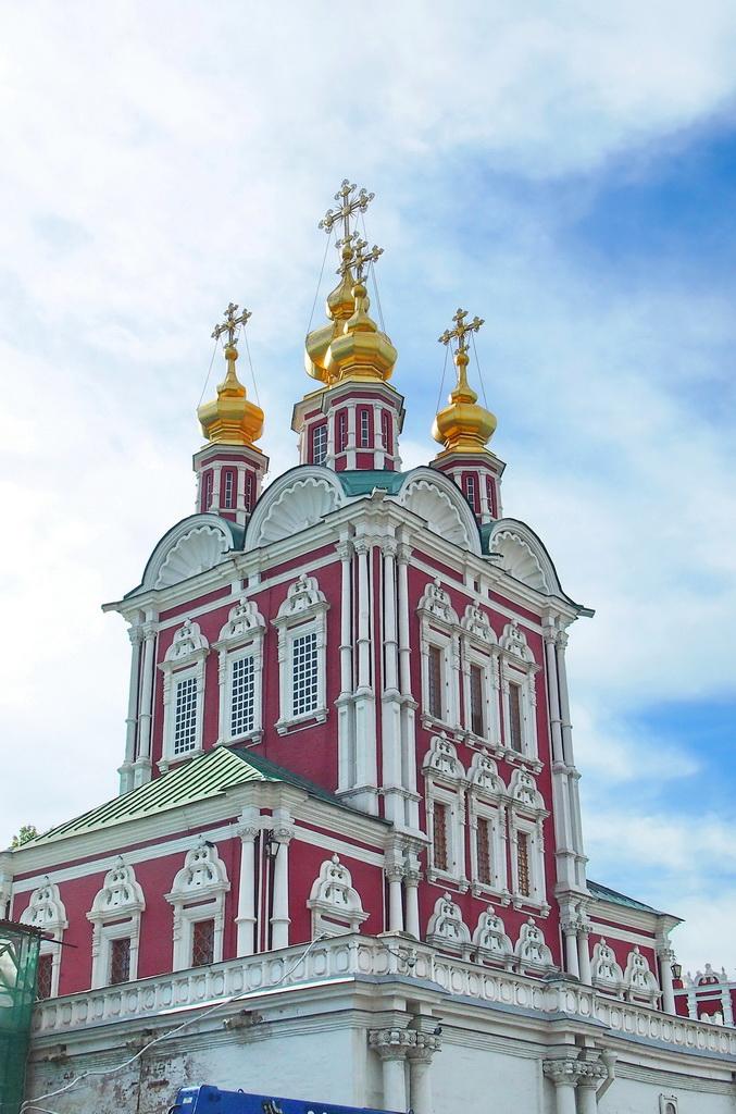P0016979-3 Преображенская надвратная церковь.JPG