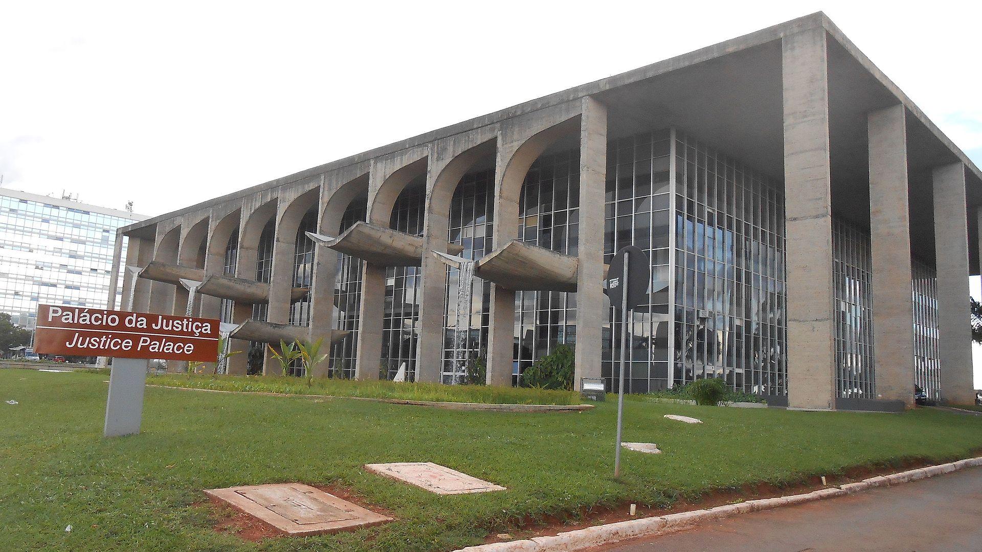 Palácio_da_Justiça_em_Brasília.JPG