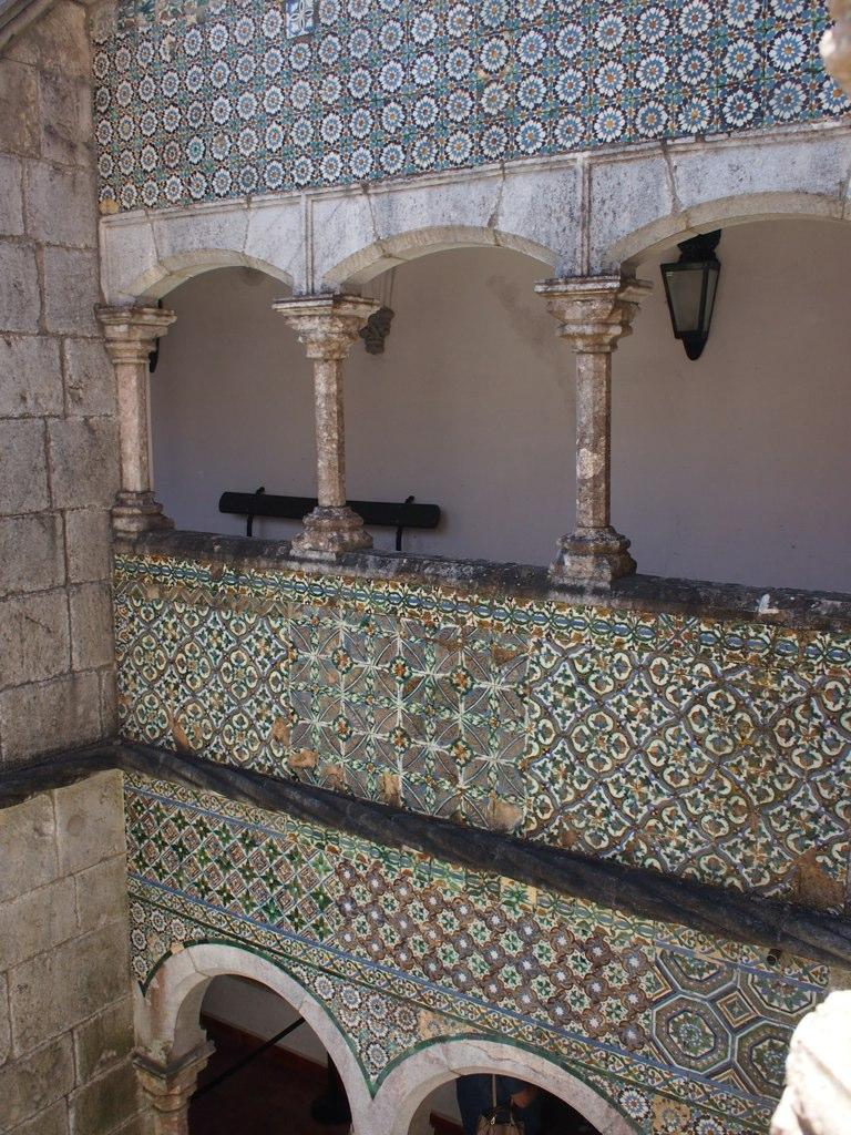 Palace_of_Pena_(14216908787).jpg