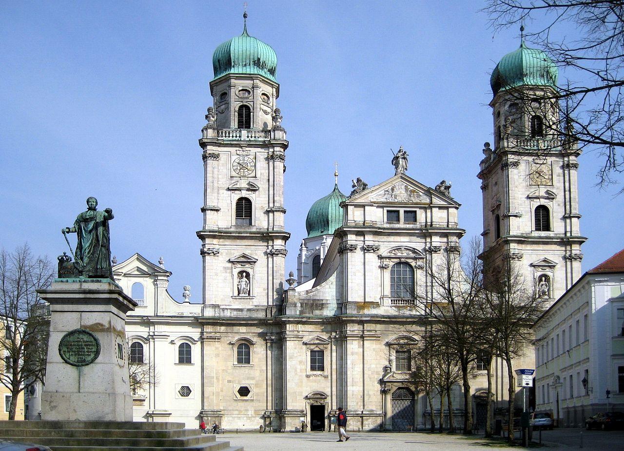 Passauer_Dom 1680.jpg