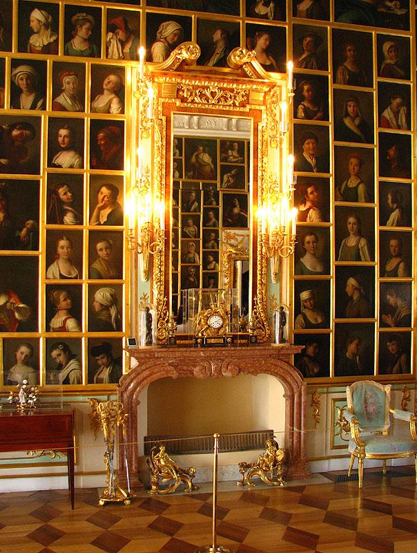 Peterhof_palace_11.jpg