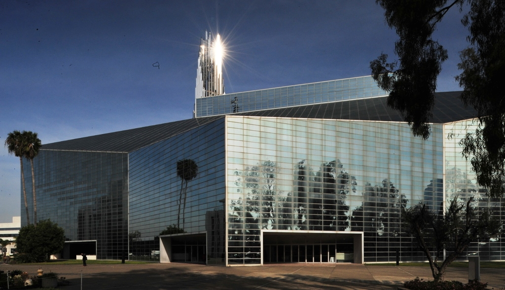 Philip_Johnson_-_水晶教堂_Crystal_Cathedral_張基義老師拍攝_004.jpg