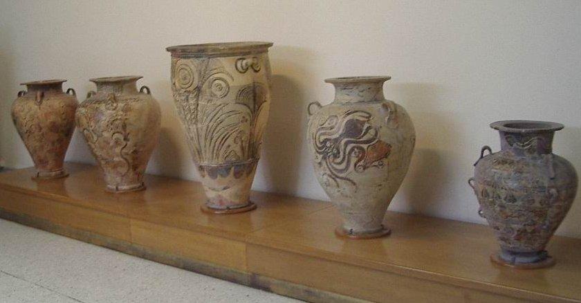 Pithoi_Museu_arqueologic_de_Creta17.jpg