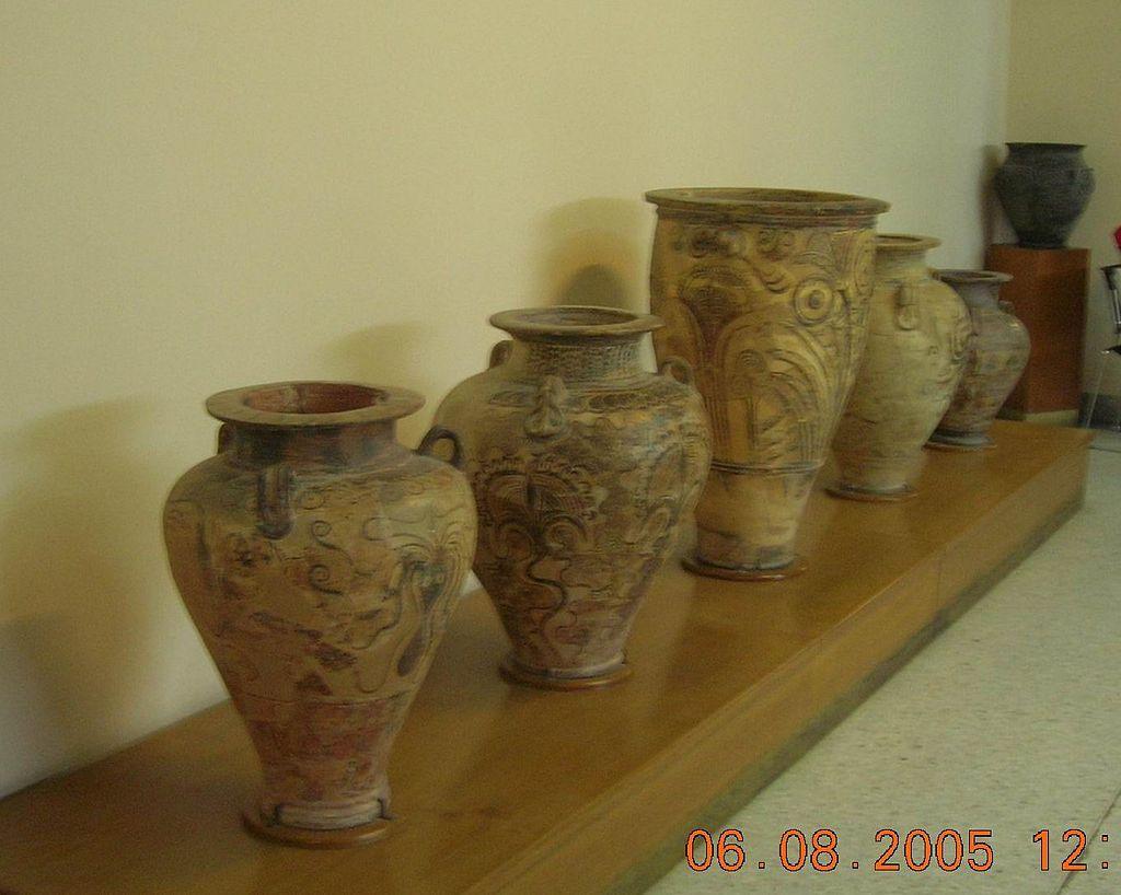 Pithoi_Museu_arqueologic_de_Creta5.jpg