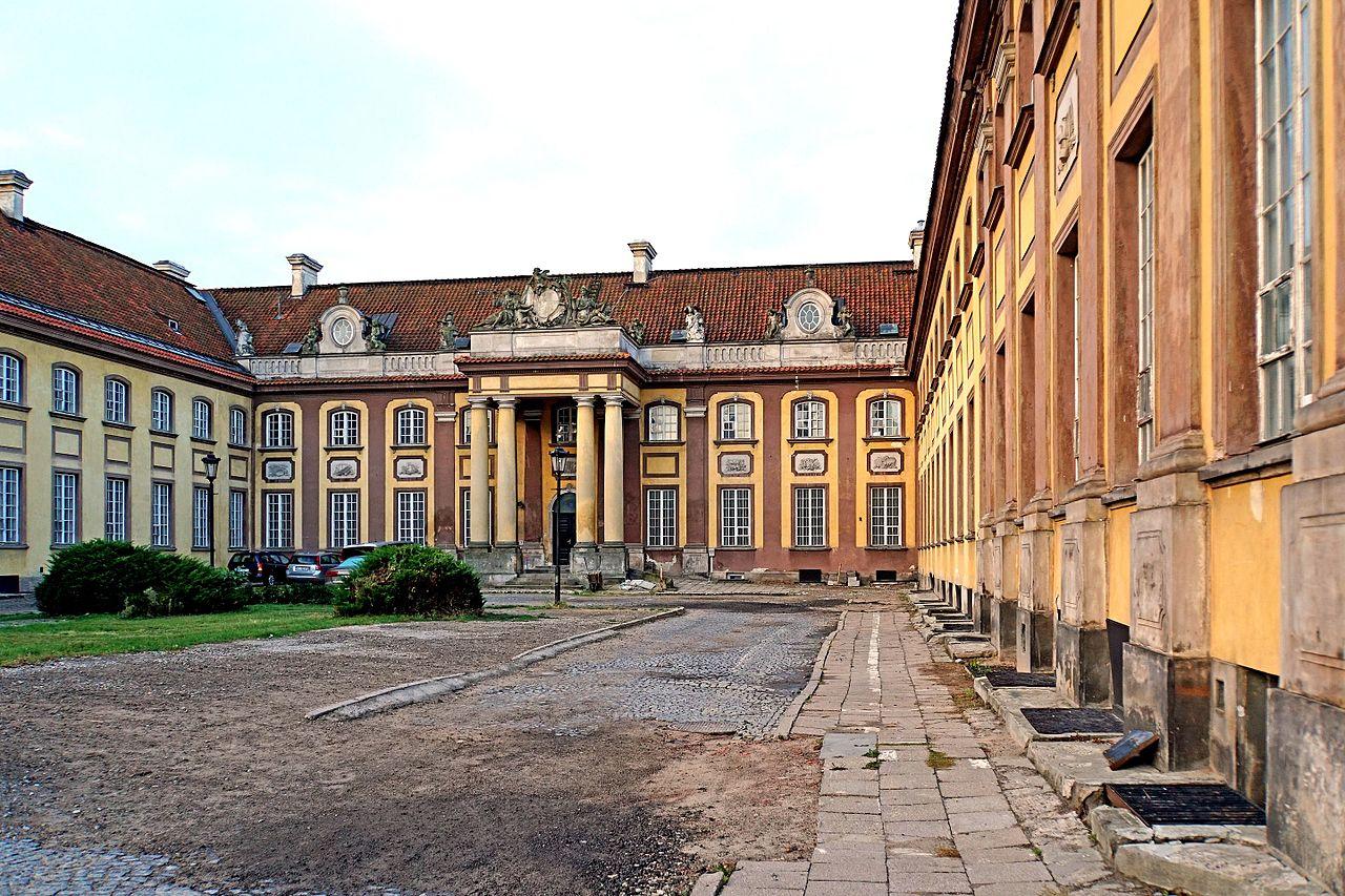 Poland-00801_-_Branicki_Palace_(30848349190).jpg