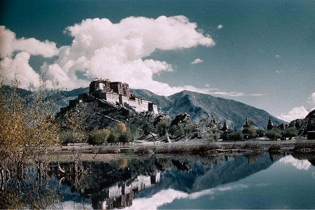 potala-lhasa-615.jpg