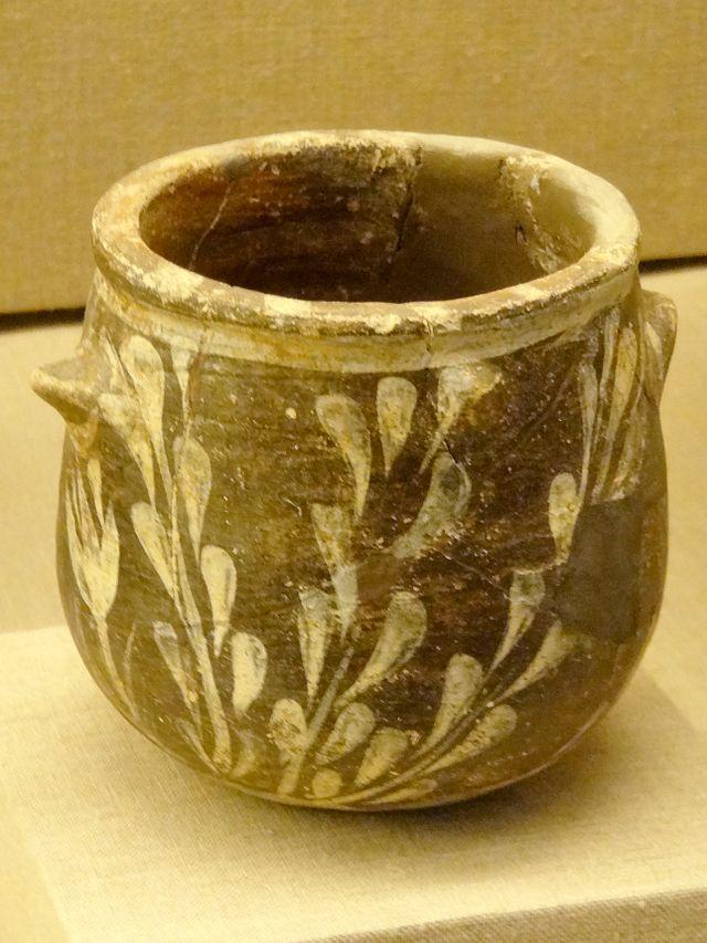 Prähistorisches_Museum_Thira_Krug_09.jpg