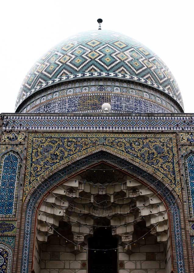 Qadam_Ghah_Mosque_(1).jpg