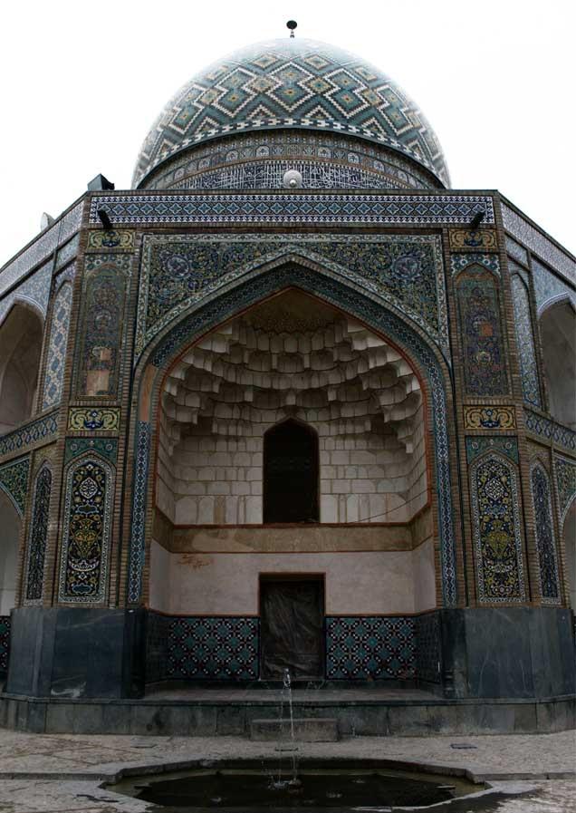 Qadam_Ghah_Mosque_(3).jpg