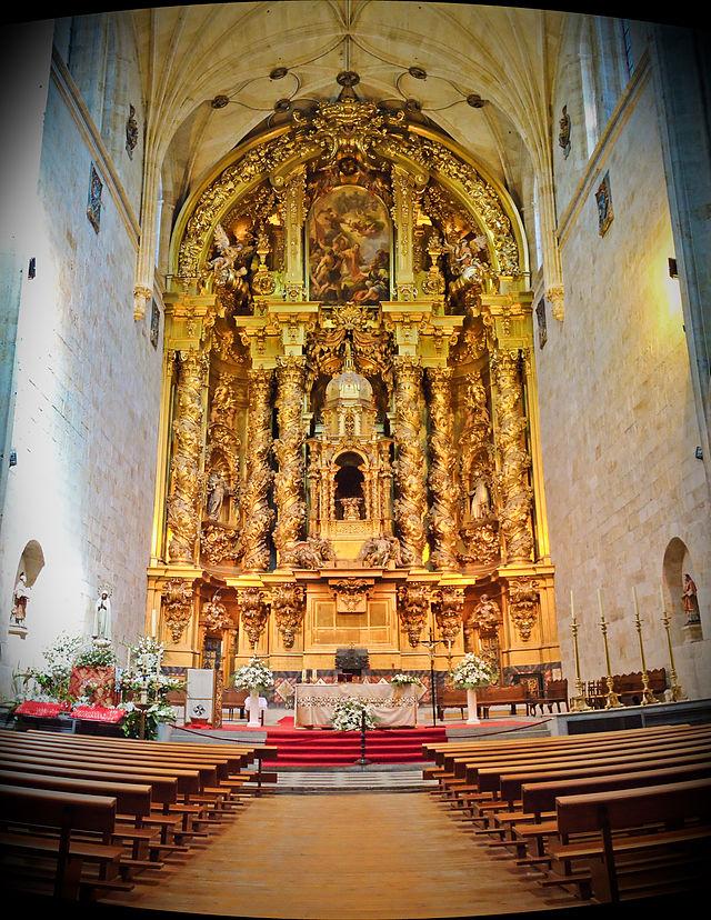 Retablo_iglesia_convento_San_Esteban_-_Salamanca.jpg
