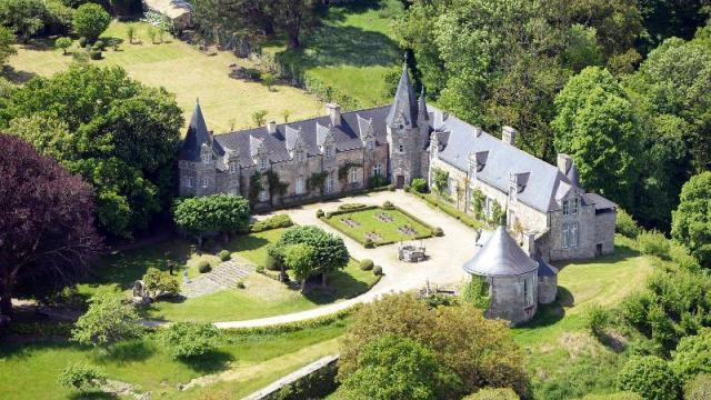 rochefort-en-terre-un-fonds-de-250-000-eu-pour-les-travaux-du-chateau.jpg