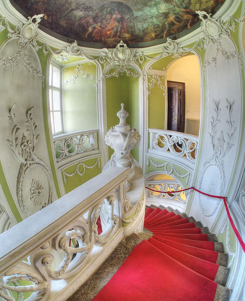 Rococo_staircase_(Gruber_Mansion,_Slovenia).jpg