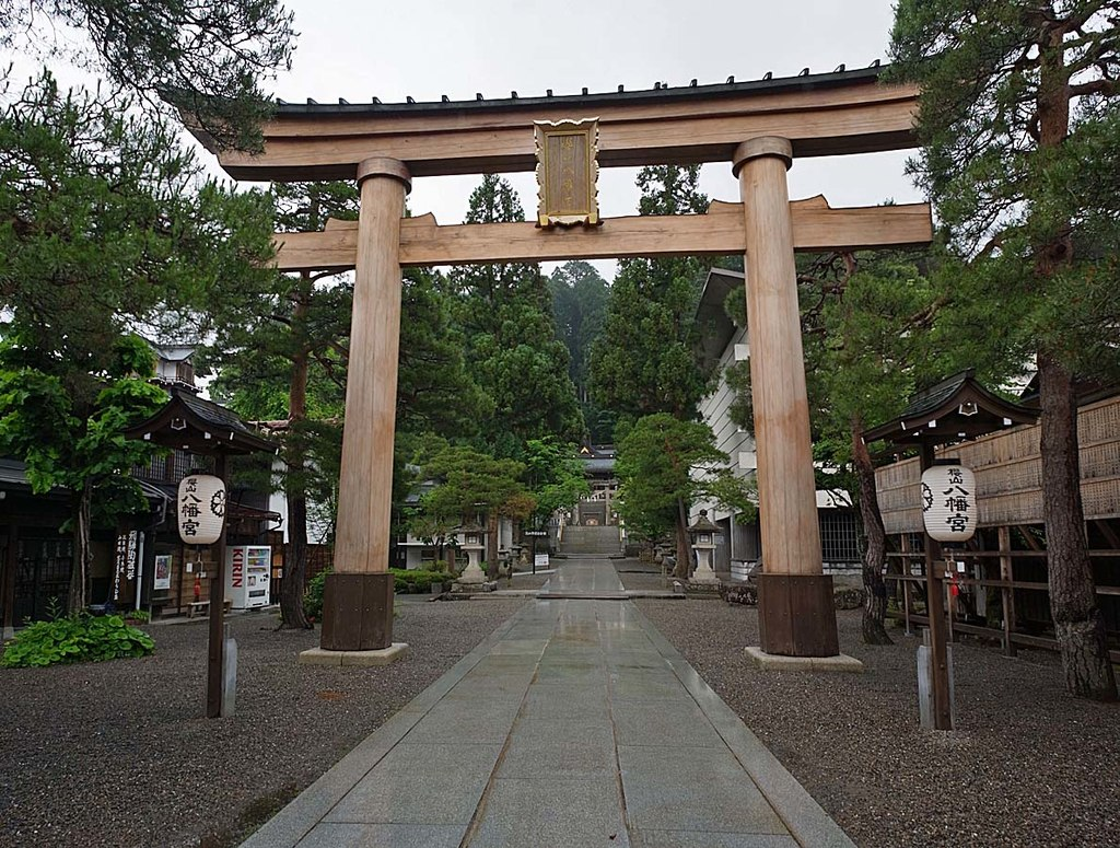 Sakurayama_Hachiman-gu_,_桜山八幡宮_-_panoramio_(4).jpg