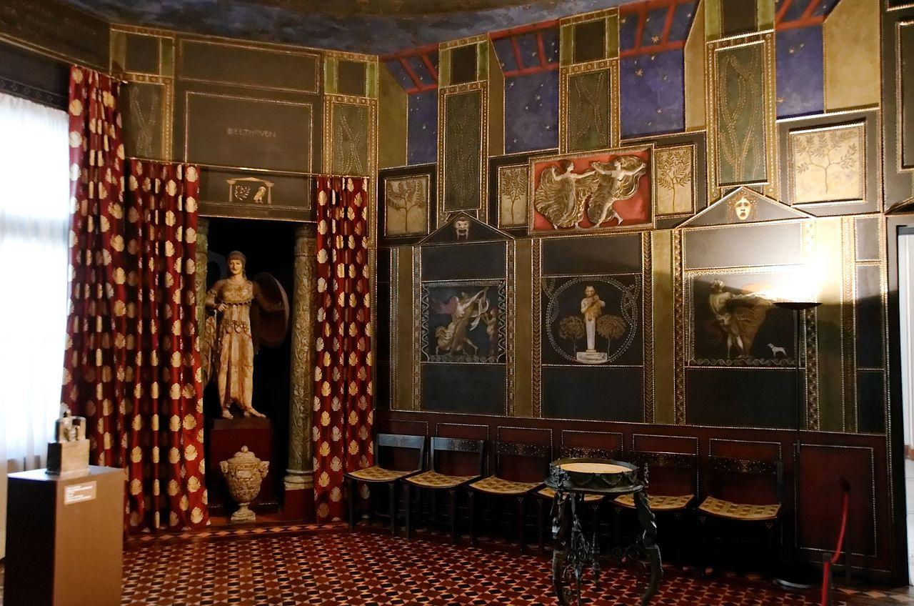Salon_2_Villa_Stuck_Munich.jpg