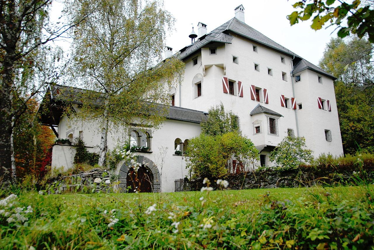 Sankt_Urban_Schloss_Bach_09.jpg