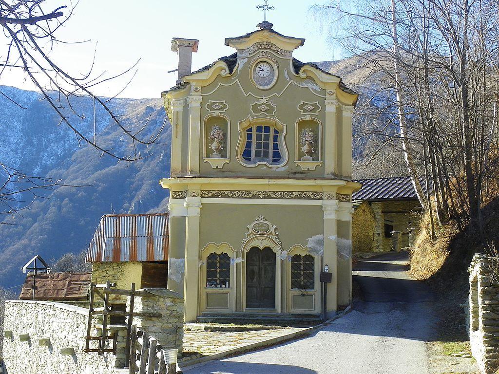 Santuario_di_Sant'Anna_presso_Prea.jpg