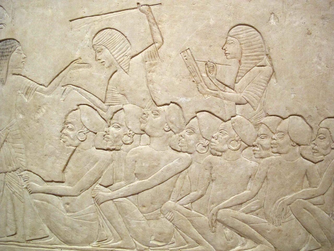 Saqqara,_rilievo_di_horemheb,_1332-1323_ac.,_B_02.JPG