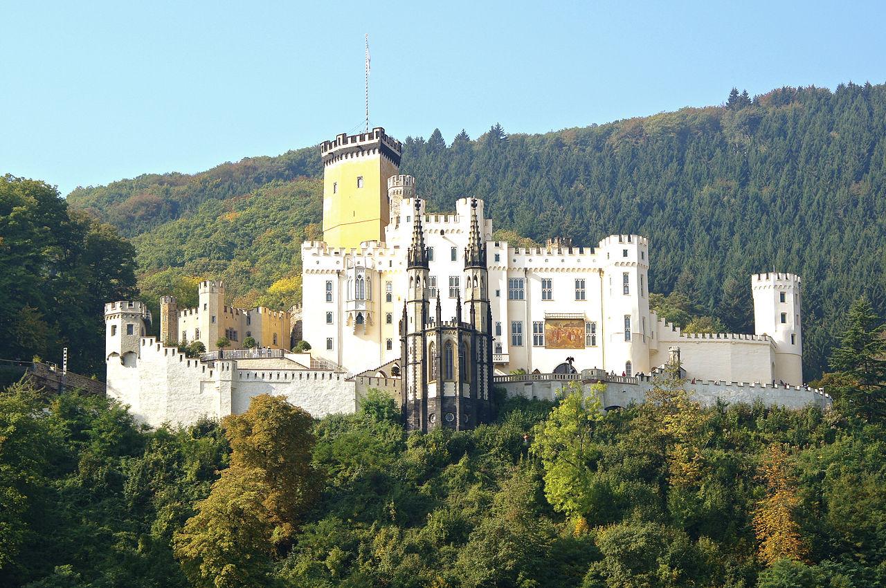 Schloss_Stolzenfels,_Koblenz_(7758129632).jpg