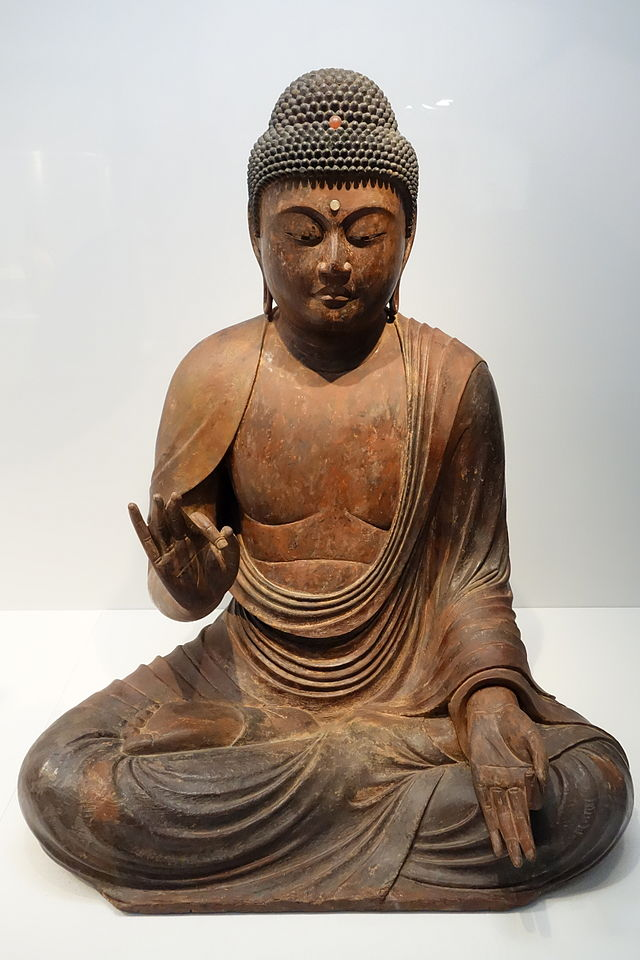 Seated_Amida_Nyorai_(Amitabha),_Kamakura_period,_12th-13th_05345.JPG