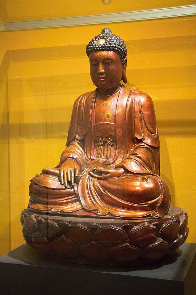 Shakyamuni_Buddha,_Northen_Vietnam,1800,_temp_Prague_Kinsky,_NG_Vp_2411,_142196.jpg