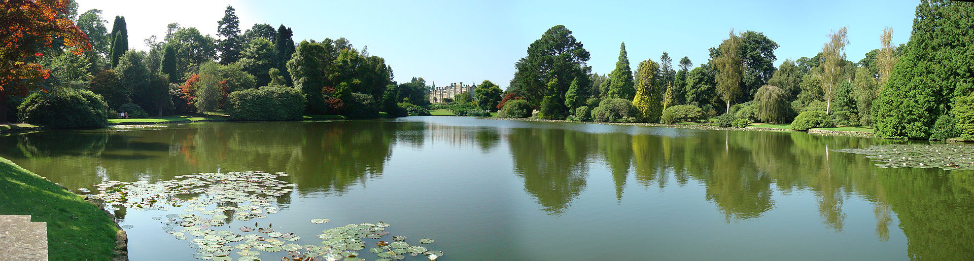 Sheffield_Park_Panorama.jpg
