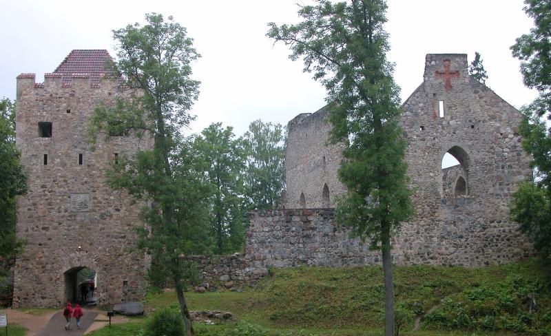 Sigulda_Totale зегевольд башня 1400.jpg