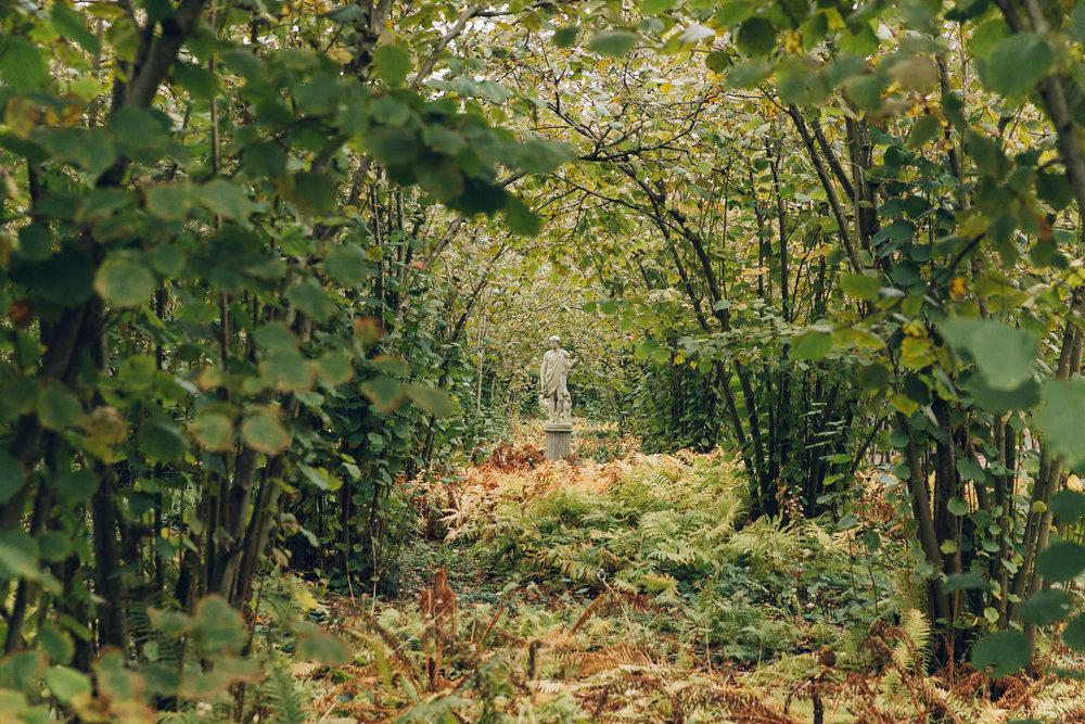 Sissinghurst+Castle+Garden+in+Kent+-+by+Haarkon_.jpg