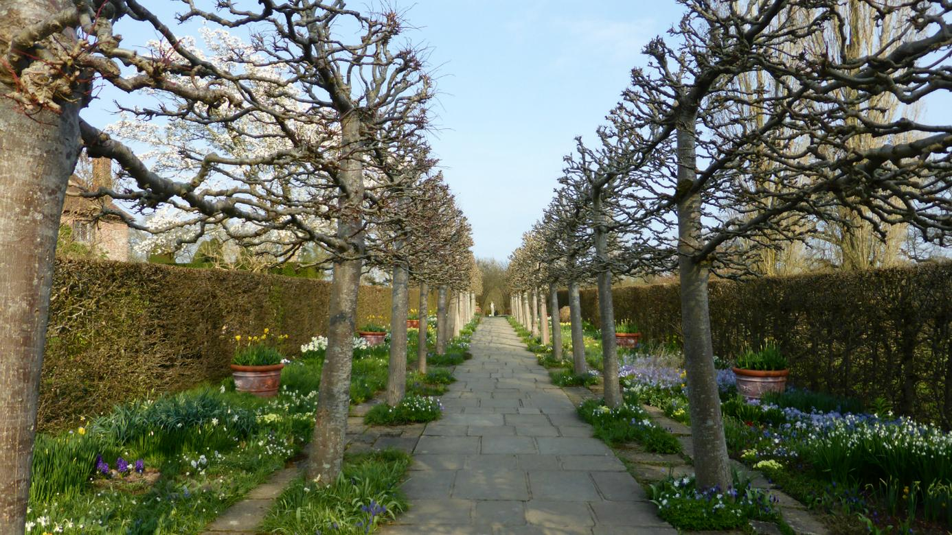 Sissinghurst Castlelime walk for web.jpg