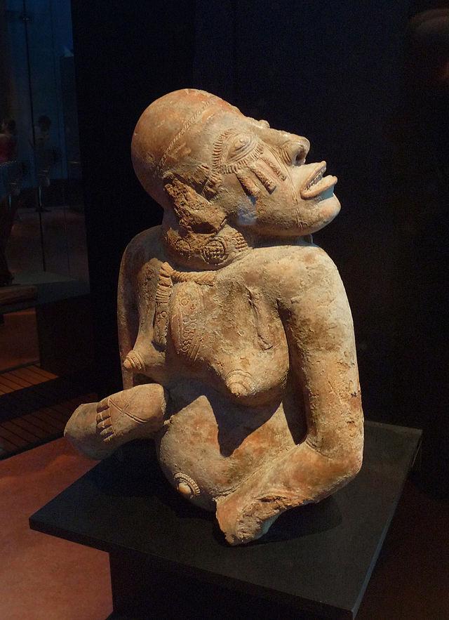 Statuette__de_Djennе-Mali.jpg