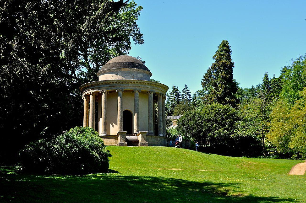 Stowe_Park,_Buckinghamshire_(4663990813).jpg