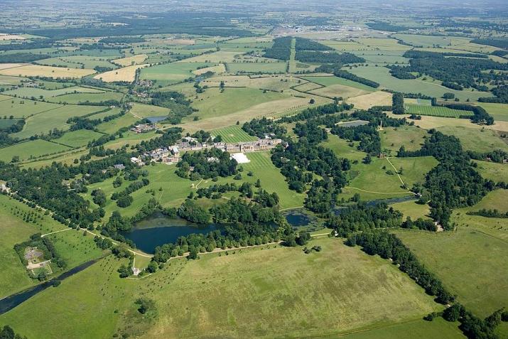 stowe_park_c_english_heritage_image_3.jpg